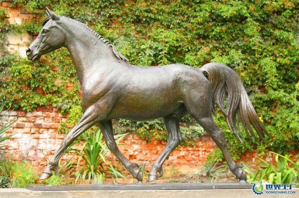 当代的铸铜雕塑在传承传统铸铜艺术基础上,吸纳了更加丰富的艺术元素