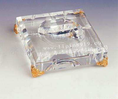 水晶烟缸水晶工艺品济南礼品6052
