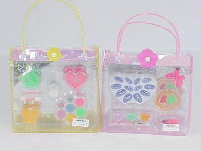 二款手提袋饰品玩具