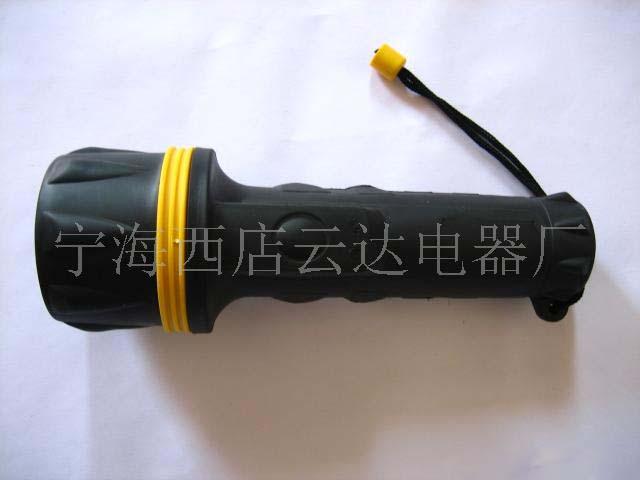 排3节橡胶手电筒LED