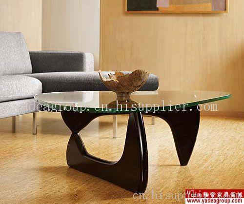 高度: 41(cm) 保修: 1(年) 产品摘要: 名师设计的茶几三角茶几,实木桌