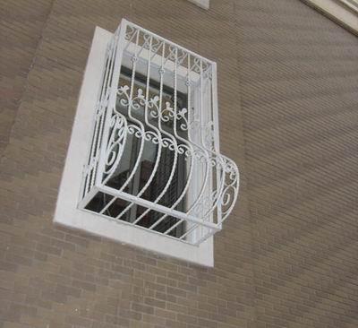 贝博主页欧式铁艺门窗