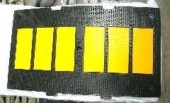 供应橡胶减速带