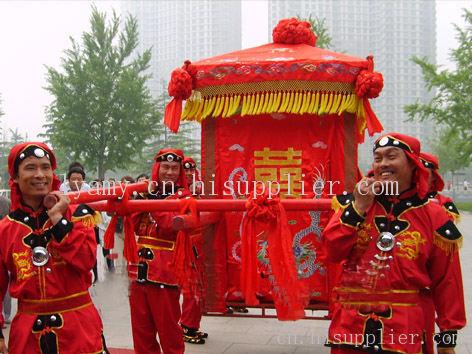 中式婚礼花轿队图片