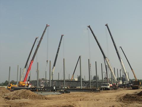 钢结构安装1; 起重设备; 钢网架吊装图片大全下载
