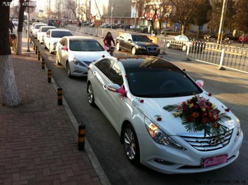 这主要还是源于北京现代在老款索纳塔以及其后续车型