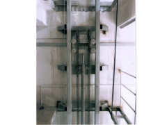 河北导轨式液压升降货梯厂家