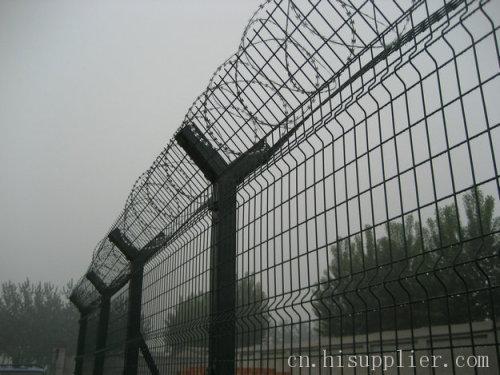 护栏 飞机场护栏网|浸塑防护网栏  型号: lz-tyc 产地: 河北省 衡水