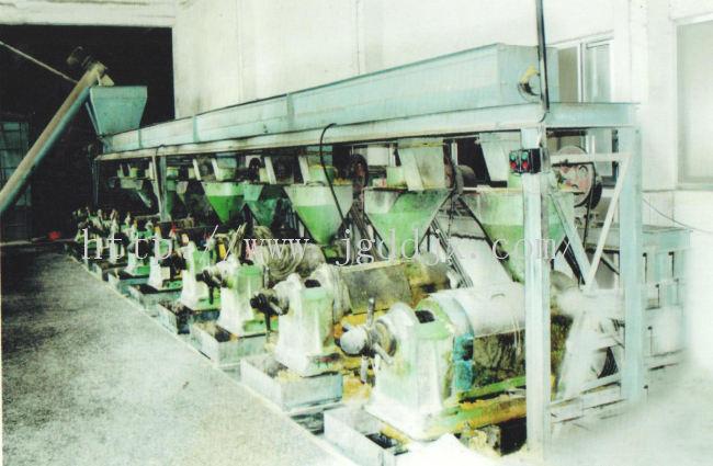 榨油机自动上料设备