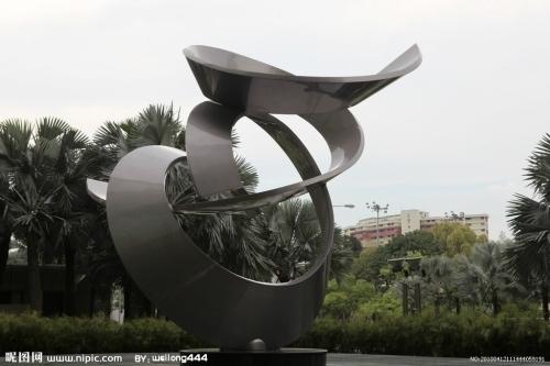 雕塑 产地: 山东省 济南市 产品摘要: 不锈钢材质具有耐空气,蒸汽,水