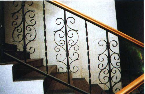 楼梯的花纹种类多样
