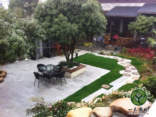 别墅小庭院景观设计施工; 农村小庭院设计;