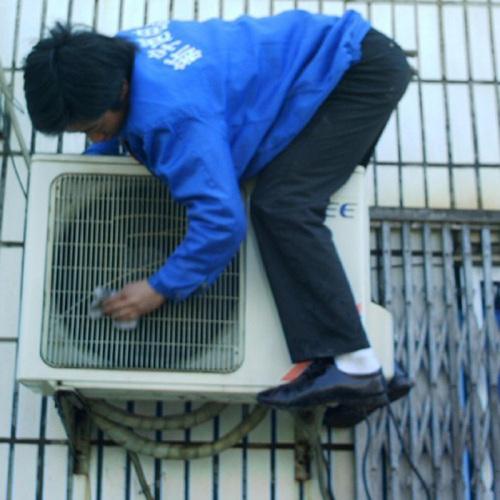 重庆清洁公司浅析空调清洗专业方法和步骤