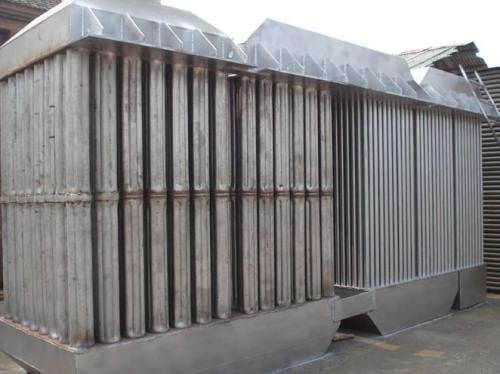 列管换热器为通用性装置,与燃煤,燃油或燃气炉配套应用或利用锅炉