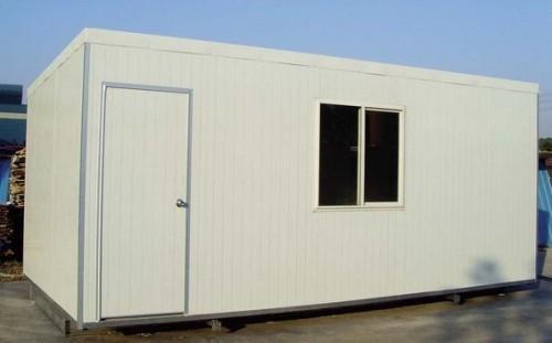 此類集裝箱房常見于建筑工地作為工人的宿舍使用