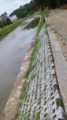 河道生态护坡砖