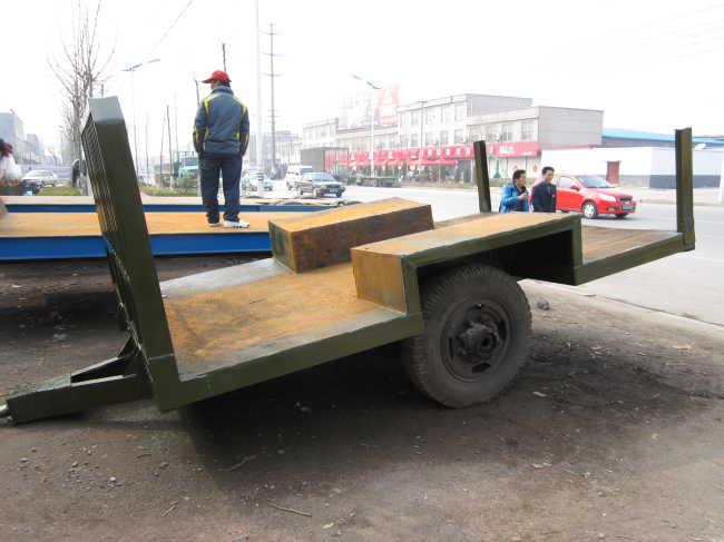 拖拉机车斗图片