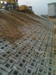 联锁式护土砖