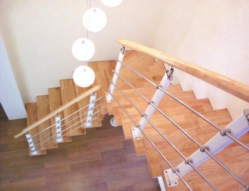 临沂钢木楼梯制作