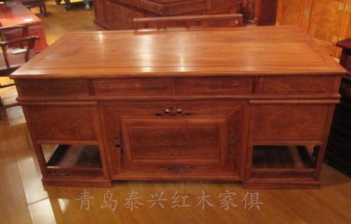 老板台_产品分类_青岛泰兴红木家俱有限公司