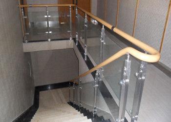 贵阳锌钢楼梯护栏价格实惠