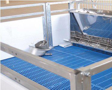 母猪的定位栏,产床是什么材料做成的