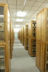 香樟木书柜定制哪家专业