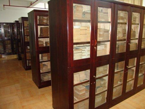 香樟木古籍书柜厂家