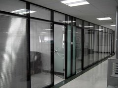 厦门玻璃隔断装修