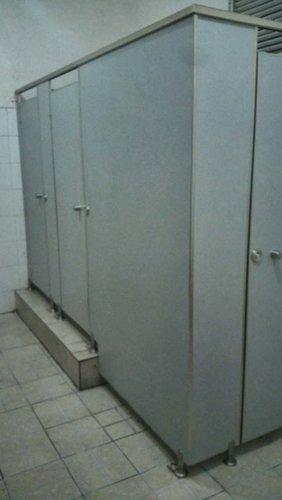 PVC卫生间隔断安装我们应当注意什么问题?