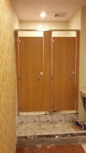 厕所隔断尺寸大概是多少