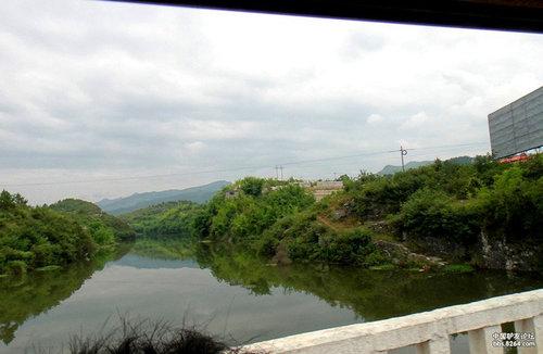 贵阳乌当下坝白水河