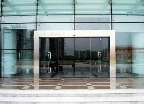 贝博主页自动玻璃门