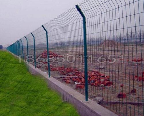 雙邊絲護欄網