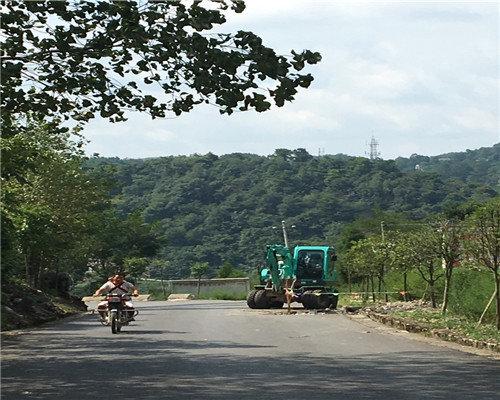 贵州轮式挖机公司