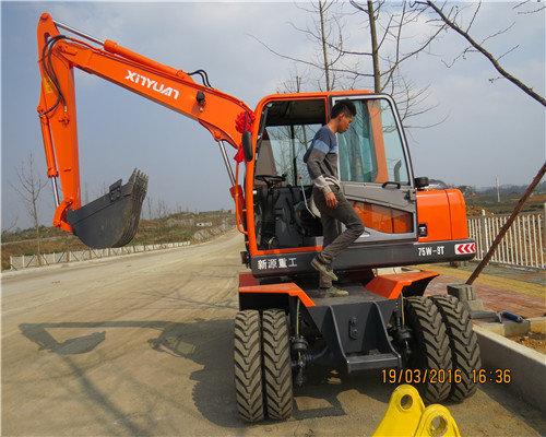贵阳哪里有轮式挖机公司