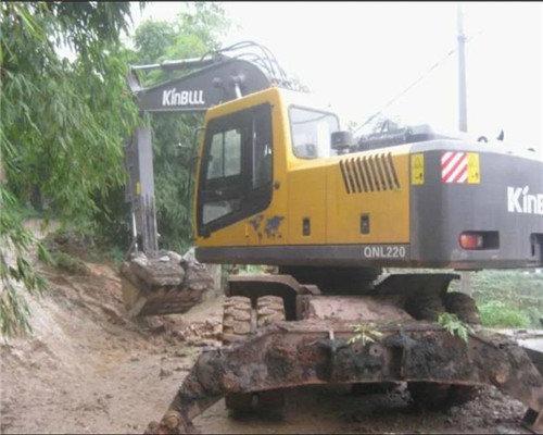 贵州轮式挖机公司地址