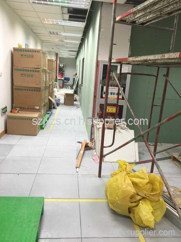 隔断是办公室装修里常用划分空间的一种手法