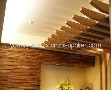 安装吊杆-安装龙骨-起拱调平-安装木底板-安装木饰面板  不上人的吊顶