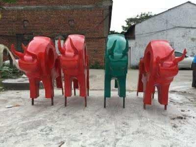 成都玻璃钢雕塑厂家