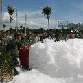 消防泡沫液,水成膜泡沫滅火劑又稱輕水泡沫滅火劑。