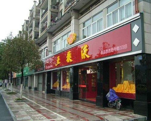 柳州招牌制作——招牌制作種類及材料