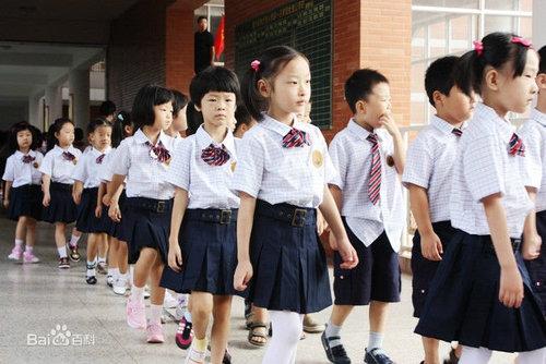 广西幼儿园校服厂家