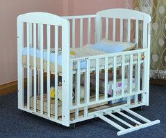 多功能实木婴儿床