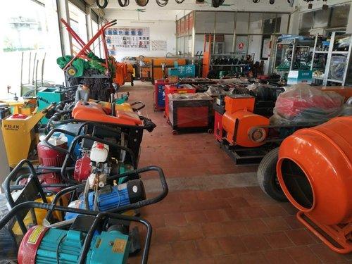 海南工程机械——防止空气和水入侵液压系统