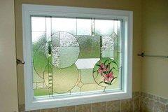 貴陽藝術玻璃背景墻安裝