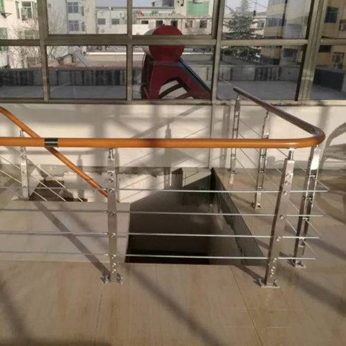 贵阳铁艺楼梯
