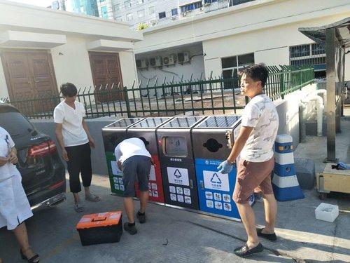 景区太阳能广告垃圾箱生产厂家