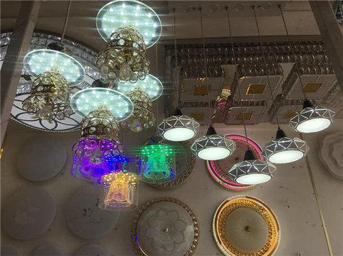 西安彩色造型吊灯