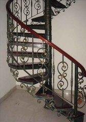 贵州铁艺旋转楼梯